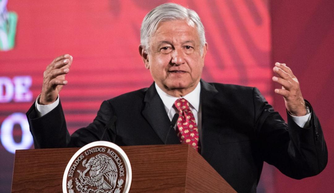Le corresponde a la FGR proponer un organismo independiente que investigue a expresidentes: AMLO