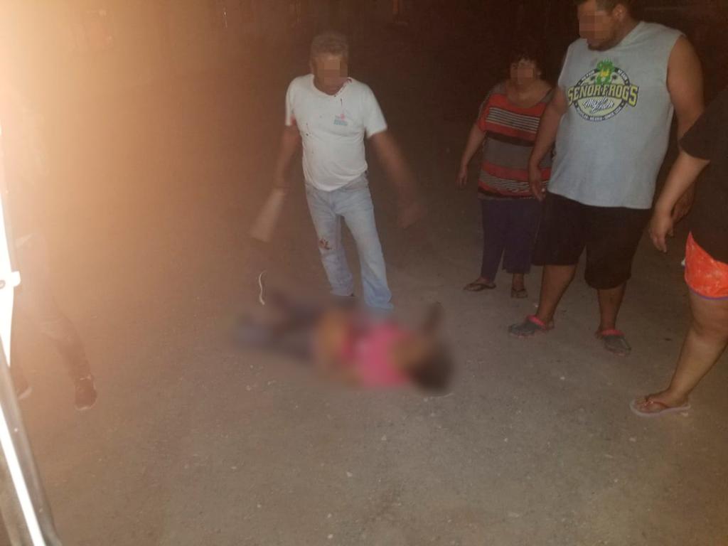 Asesinan a mujer en pelea familiar en San Pedro: la atacaron con un picahielo