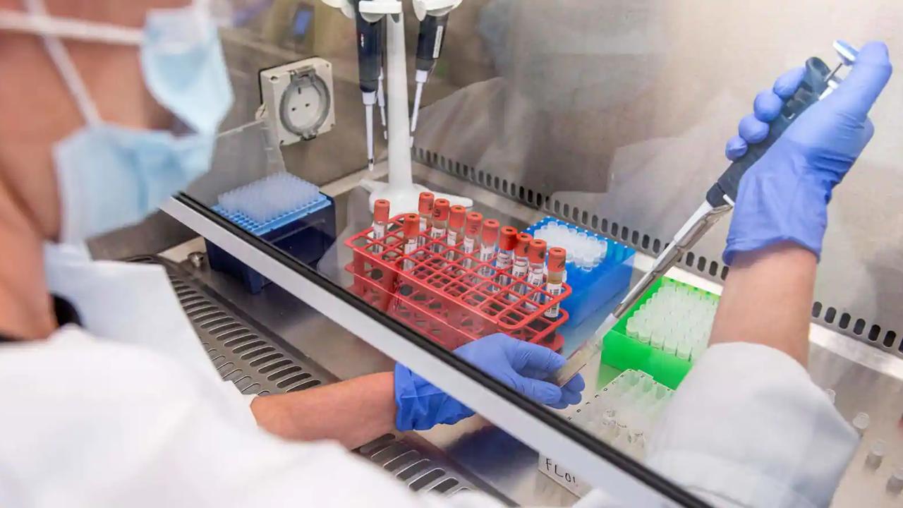 Rusia patenta su segunda vacuna contra el coronavirus denominada EpiVacCorona