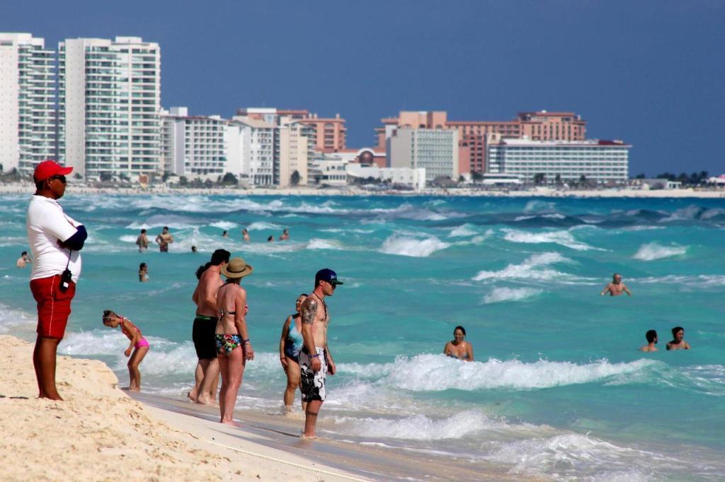 Regresa el Senado a los mexicanos el libre acceso a todas las playas del país