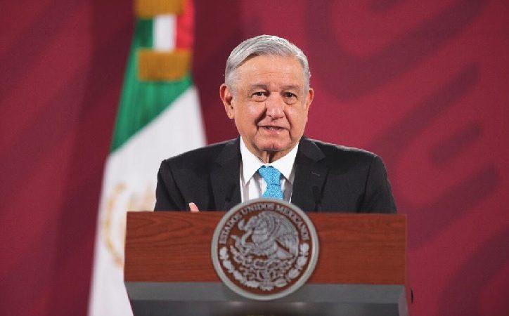 """""""No hay moches, aunque protesten y cuestionen""""; responde AMLO a gobernadores"""