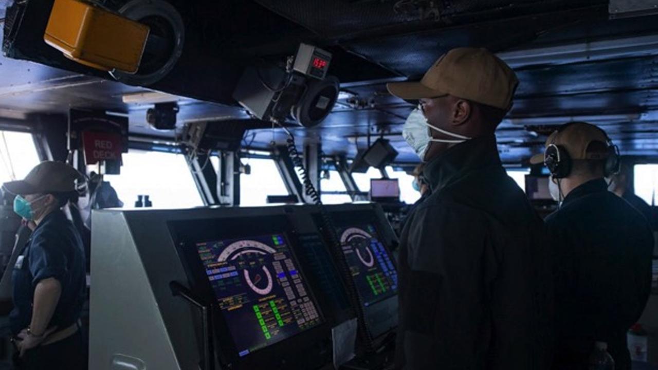 La Armada de Estados Unidos detecta nuevos casos de coronavirus a bordo de un portaviones
