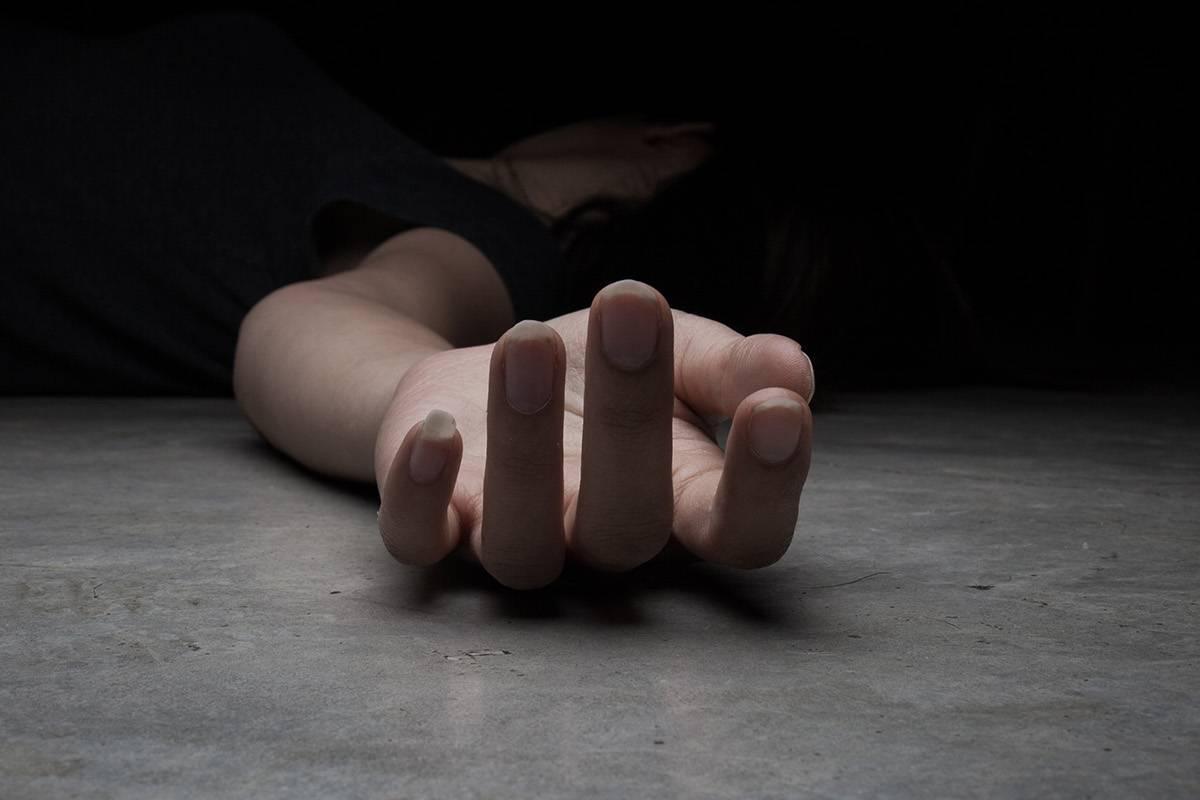 Policiaca: Sujeto acaba con la vida de su esposa; la acuchilló en el vientre