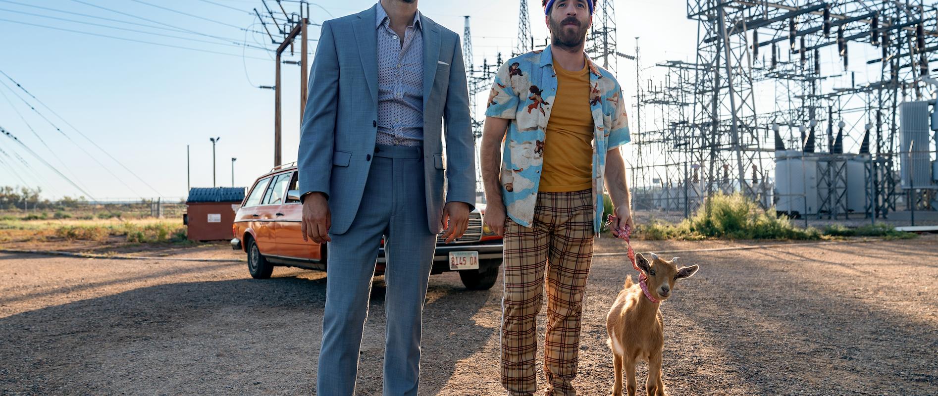 Mexicano sobresale en Hollywood: protagoniza y produce el filme Medios Hermanos