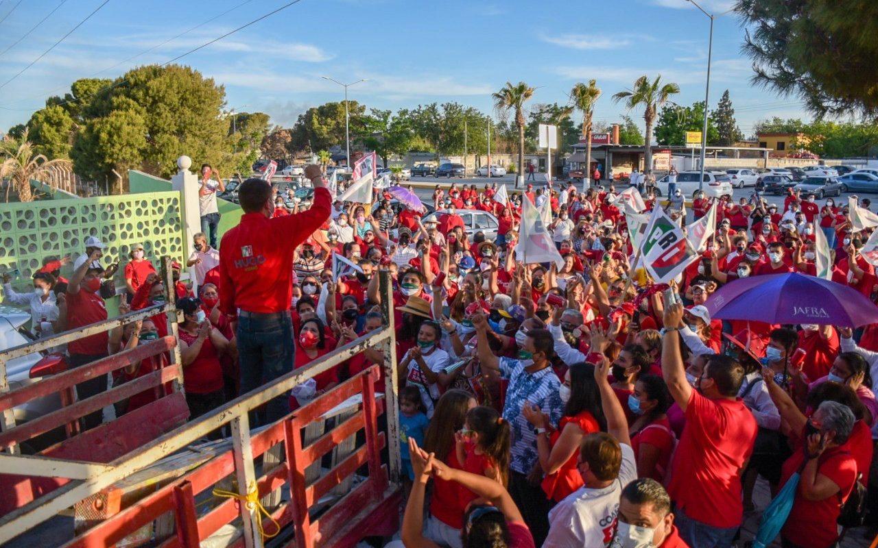 Hugo Lozano demuestra músculo del PRI en San Buenaventura