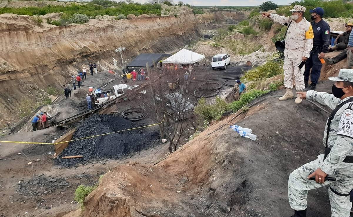 Buscan rescatar 4 mineros con vida en Múzquiz; están atrapados entre piedras y lodo