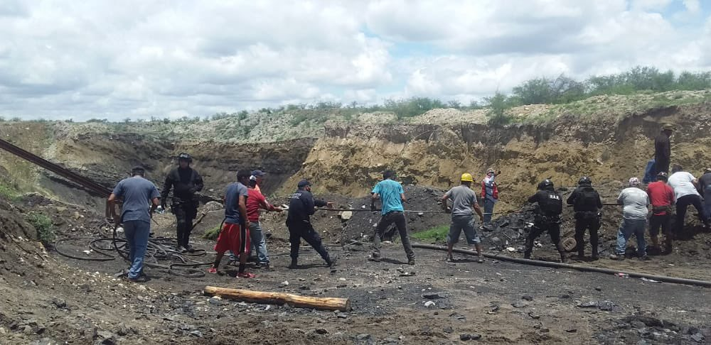 Confirman inundación de mina en Múzquiz; autoridades del Estado ya en el lugar