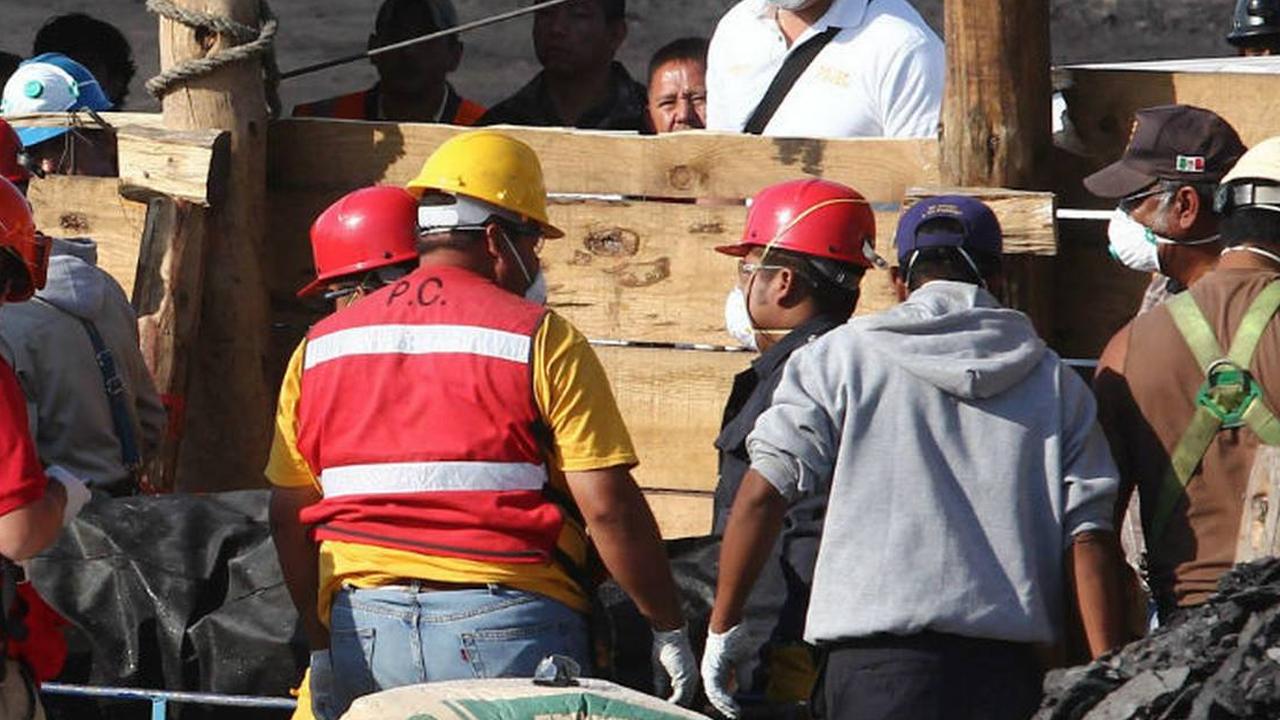Identifican a los 7 trabajadores que quedaron atrapados en mina de Múzquiz