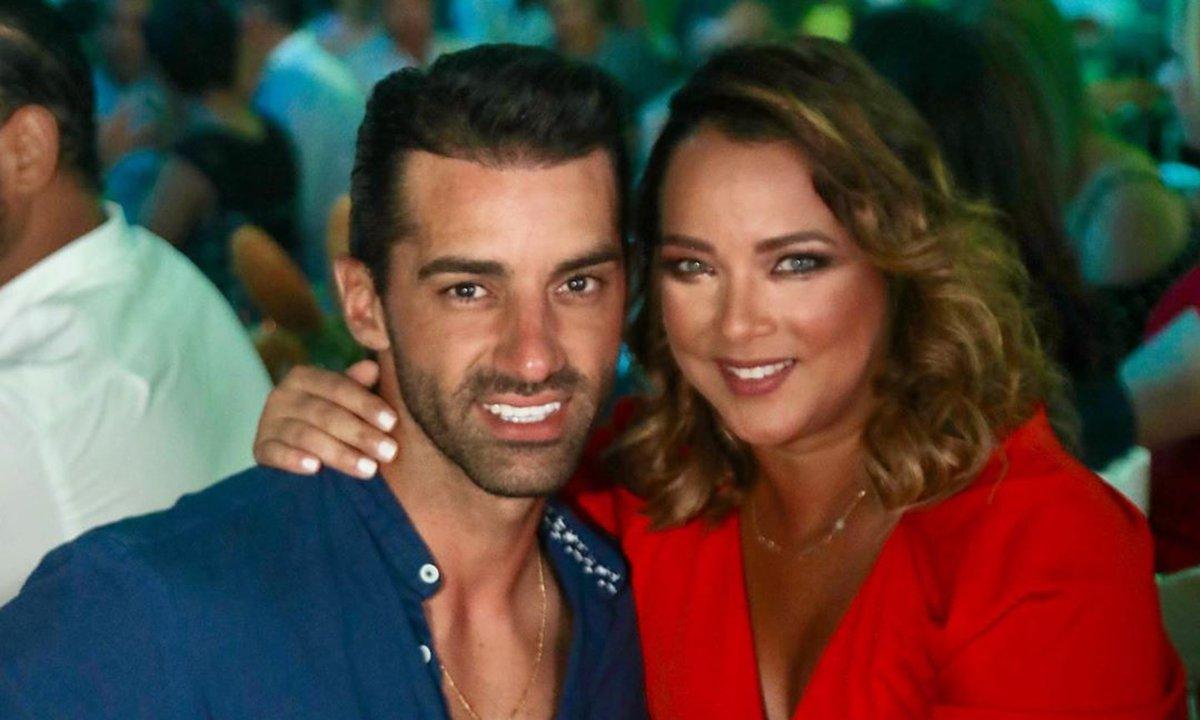 Revelan el nombre del tercero en discordia en la relación de Adamari López y Toni Costa
