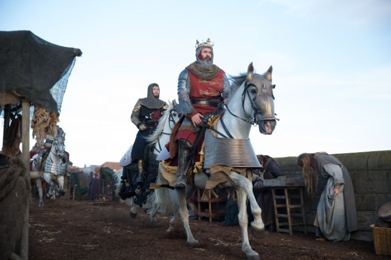 Outlaw King, la nueva película de 120 mdd de Netflix; conquista la plataforma
