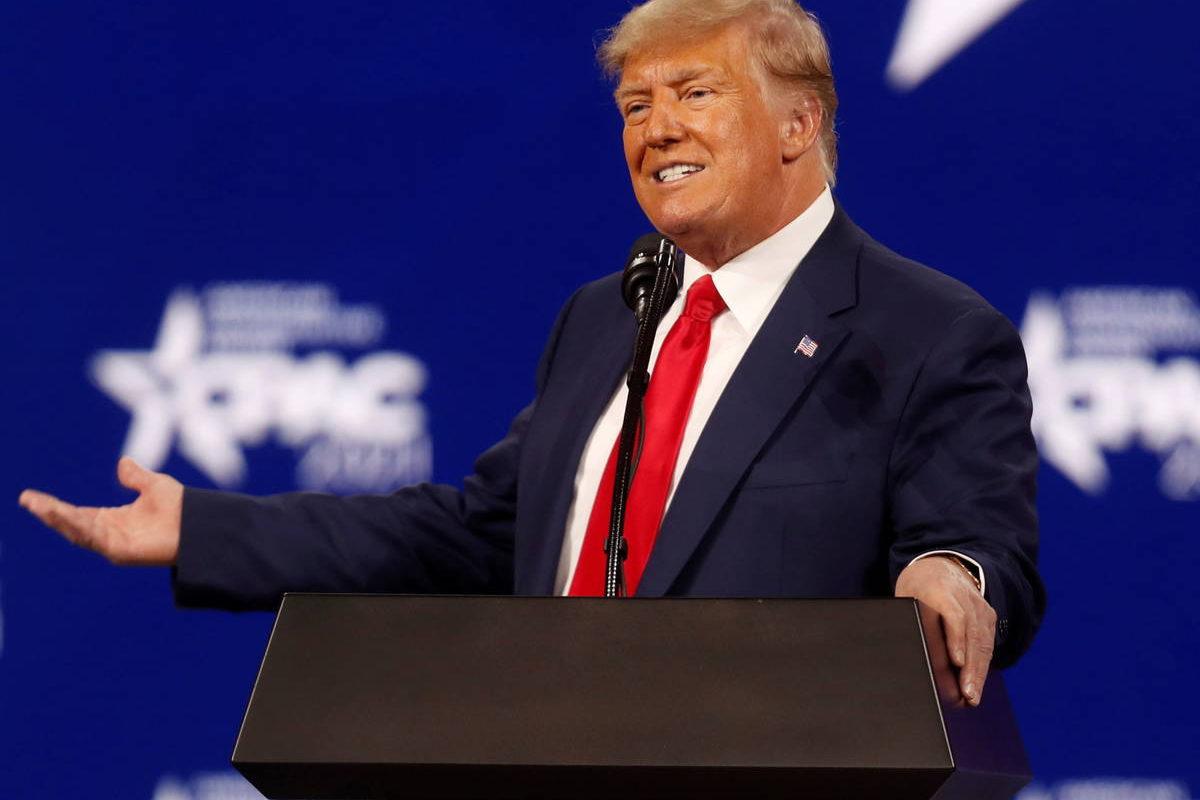 Es insultar a 75 millones de votantes: Trump sobre cierre de sus redes sociales