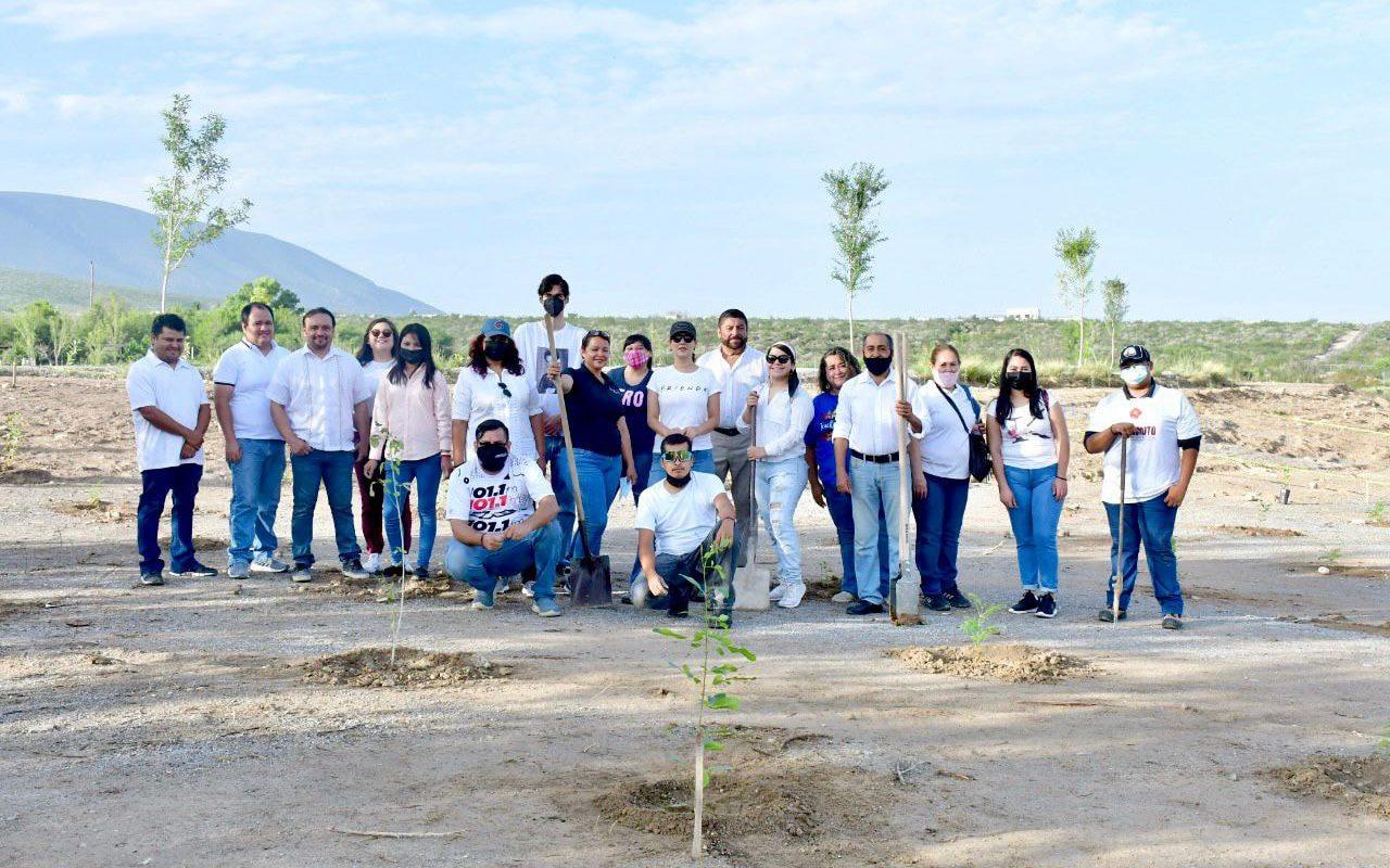 Ciudadanos se suman al proyecto de siembra de 15 mil árboles