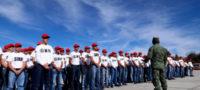 Recuerdan a jóvenes el registrarse a tiempo para la cartilla militar