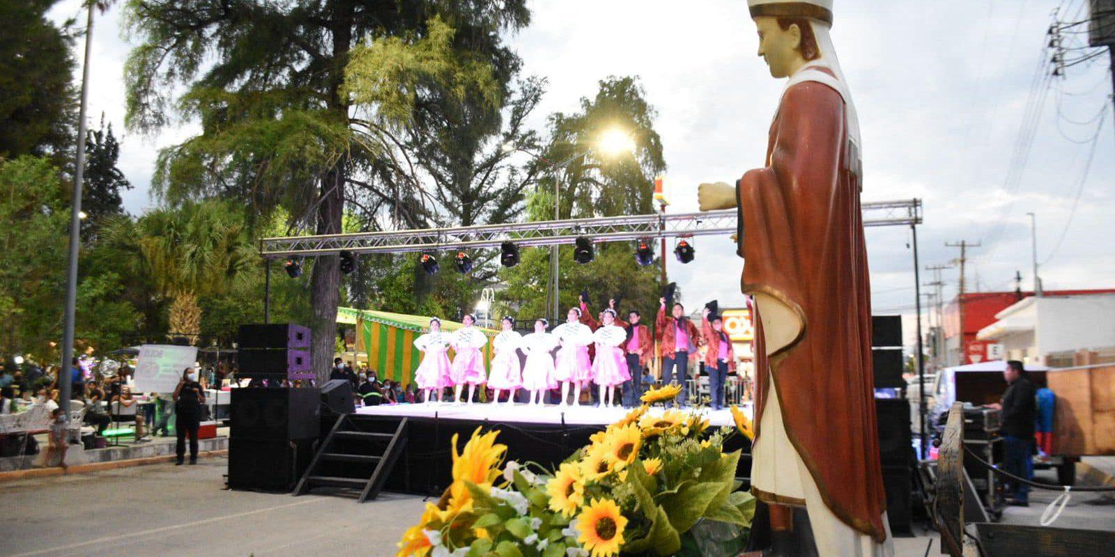 Festival artístico y pirotecnia en honor al Santo Patrono San Buenaventura