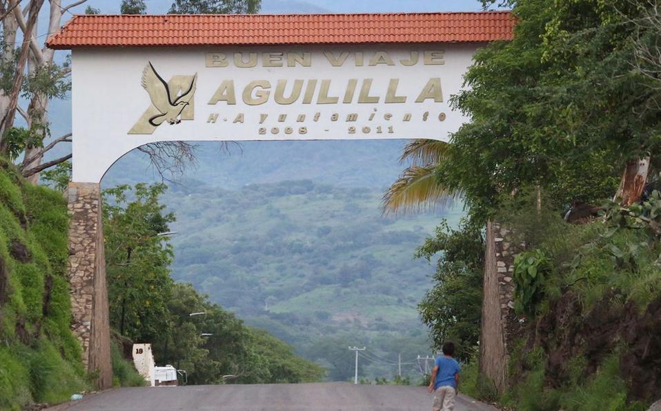 Gobierno federal presentó propuesta de programa de Bienestar en Aguililla; pobladores la rechazaron
