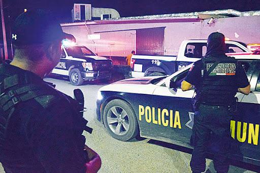 Monclovense es detenido por golpear a su esposa; lo cachó en pleno 'delicioso' con un amigo