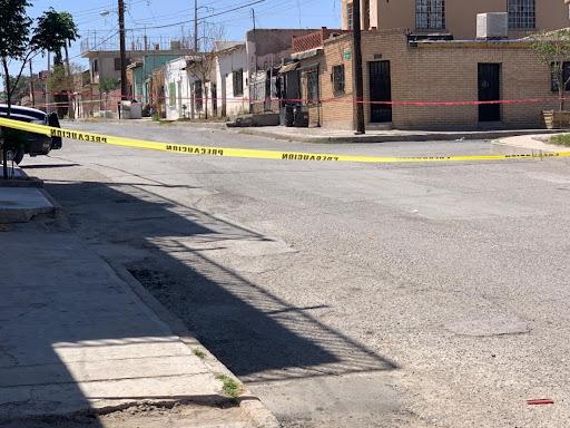 Matan a empleada de la Fiscalía: Sicarios la acribillaron y dejaron narcomanta
