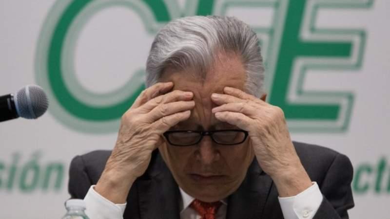 Abre Gobierno de México investigación contra CFE y WhiteWater por contratos sospechosos