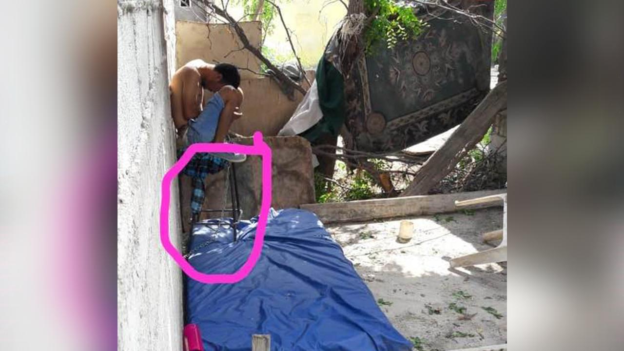'Su mamá no lo quiere'; encadenan como animal a enfermo mental en Monclova