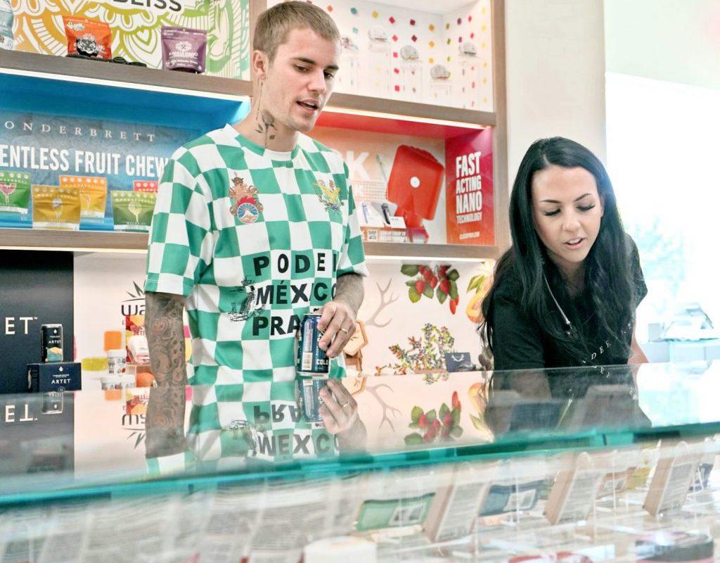 Justin Bieber gasta US$1,000 en tienda de cannabis