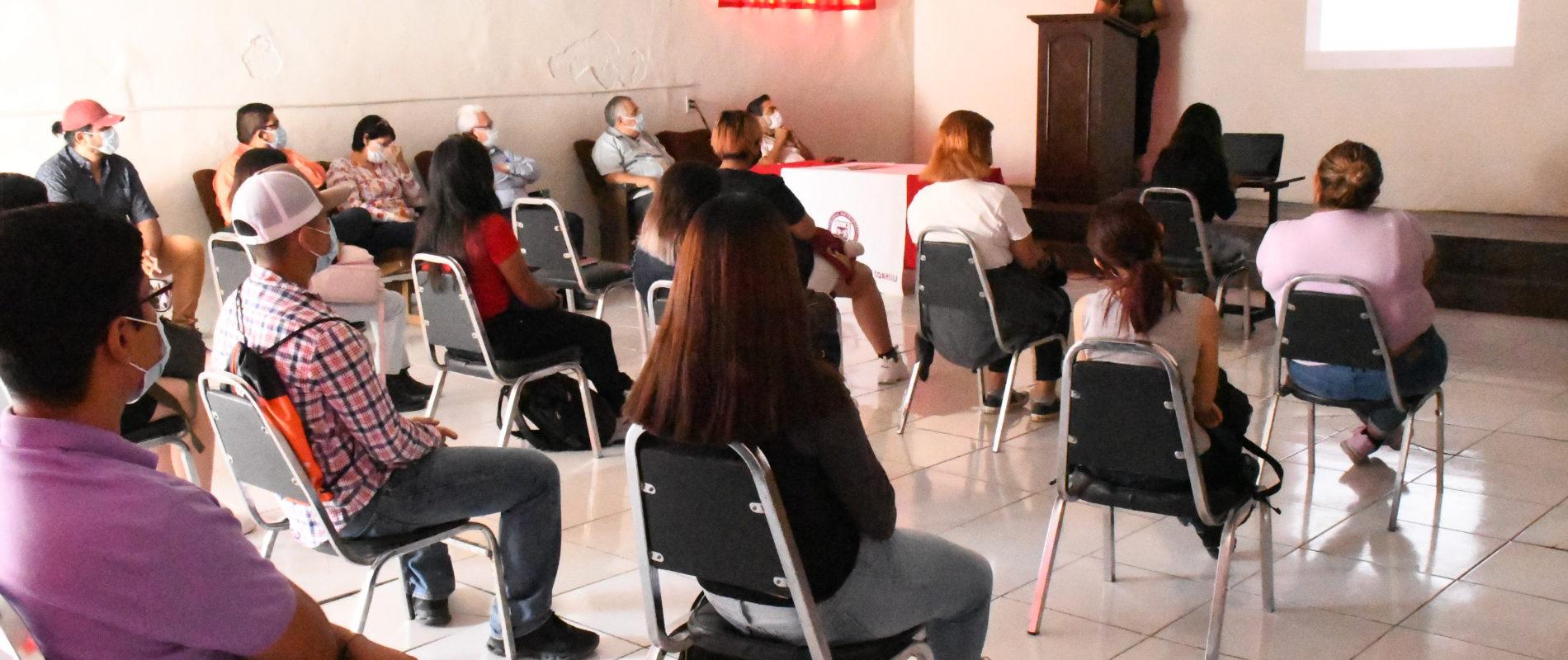 Realizan conferencia por el día internacional del suicidio